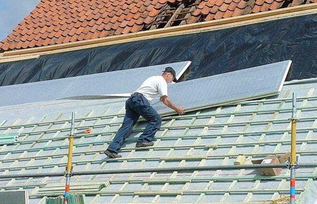 Buitenzijde van dak isoleren